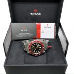 Tudor_BB_Red (10)