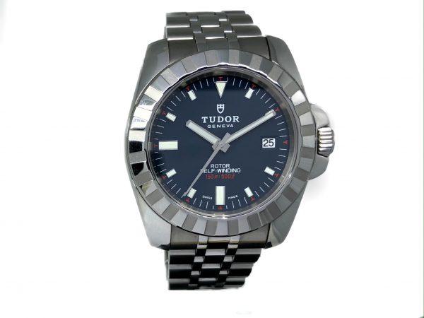Tudor_Diver (1)
